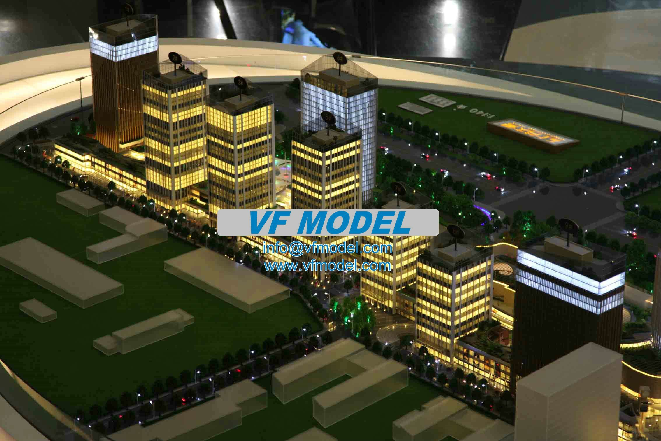 commercial scale model 3